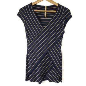 Anthropologie Bailey 44 Striped Layered Tee Small